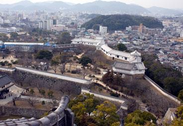 meji2010303cast.jpg